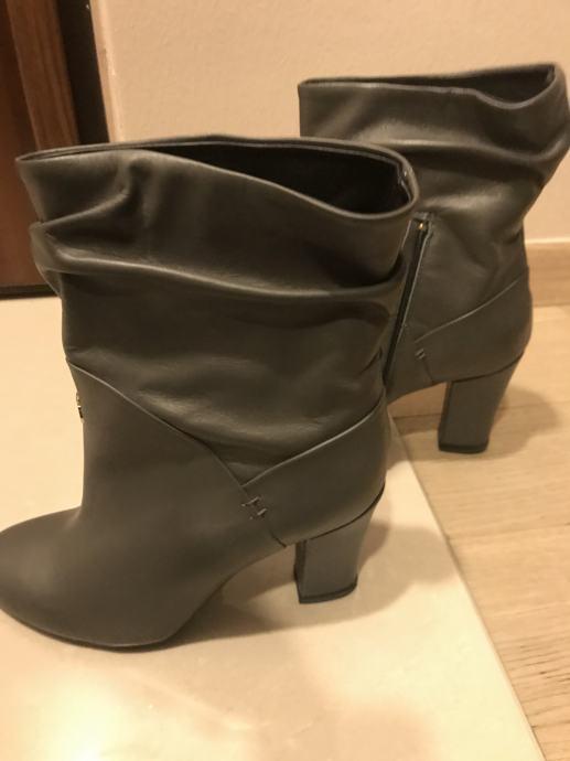 Patrizia Pepe  cizme