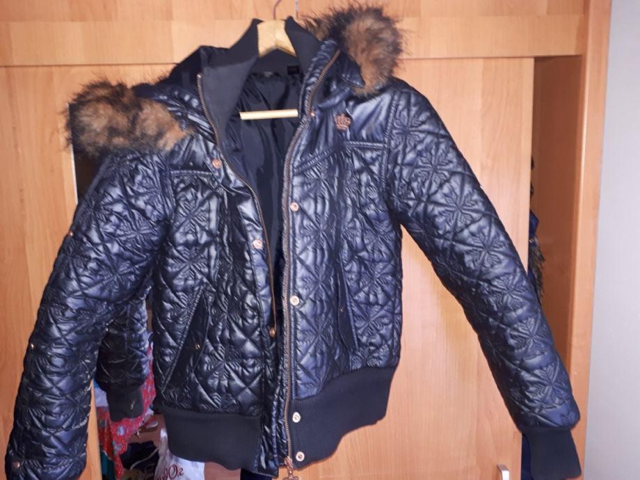 Adidas jakna orginal 38/40 velicina