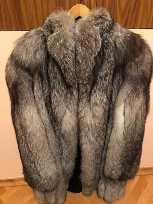 Bunda pravo krzno - polarna lisica