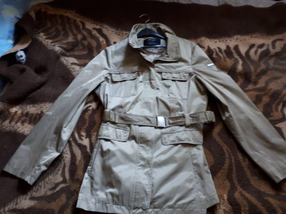 Esprit jakna orginal 40 broj