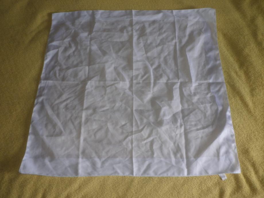 LAGANA ŽENSKA MARAMA 66 x 67cm 1+2 GRATIS AKCIJA