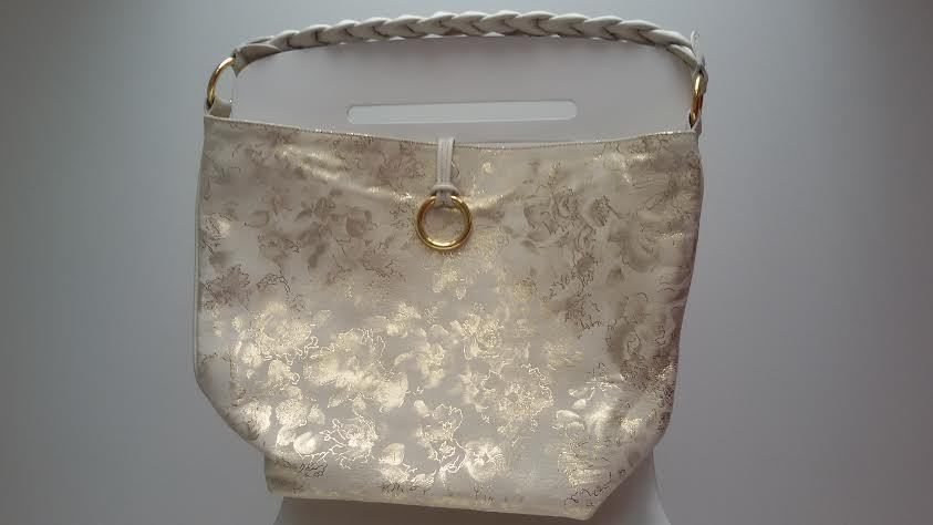 Kožna prljavo bijelo-zlatna torba, NOVA!!